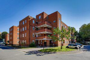 Neckinger Estate, SE16, 3 Beds – £425,000 – UNDER OFFER